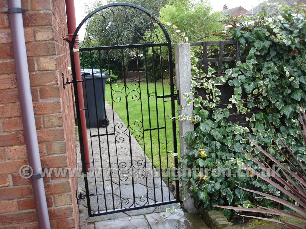 Gate Designs Garden Iron Gates